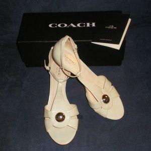 Coach HELLENA Ivory Patent Leather Heels sz 10B